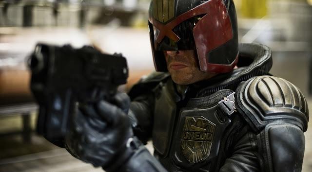 """Ao invés de sequência, karl Urban quer uma série de """"Dredd"""" no Netflix ou Amazon"""