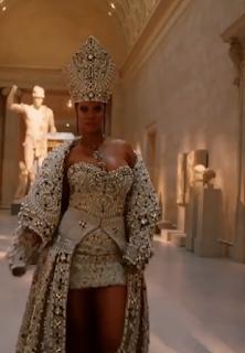 Rihanna Met Gala Look