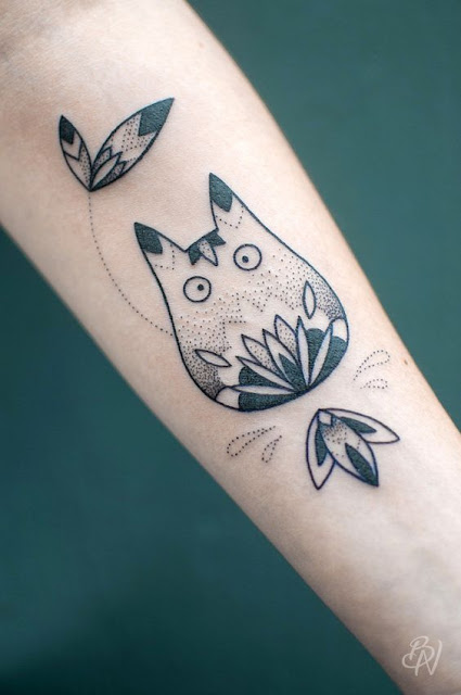 Cute Hand Totoro Designs