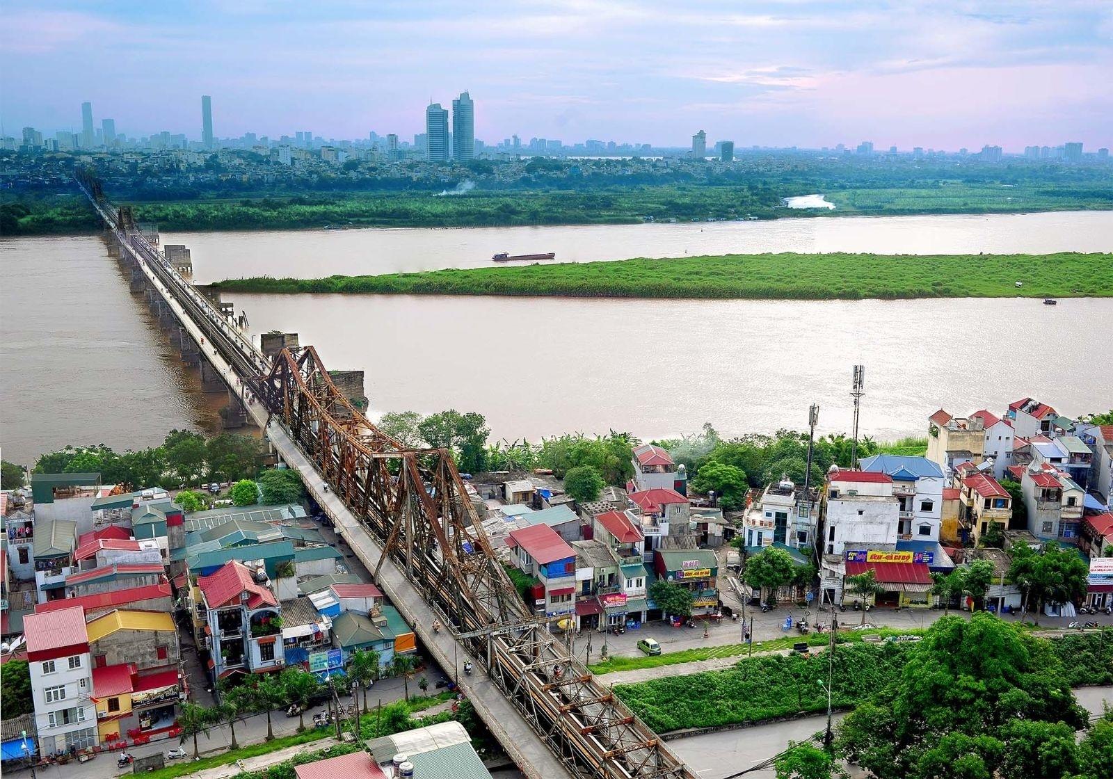 Long Biên là quận đáng sống hàng đầu Hà Nội hiện nay.
