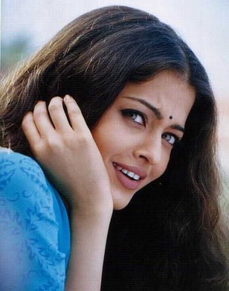 cute aishwarya rai photo