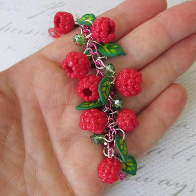 браслет, браслет малиновый, браслет ягодный, браслет ручной работы