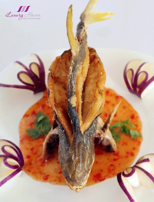 purelyfresh thai style crispy golden pomfret recipe