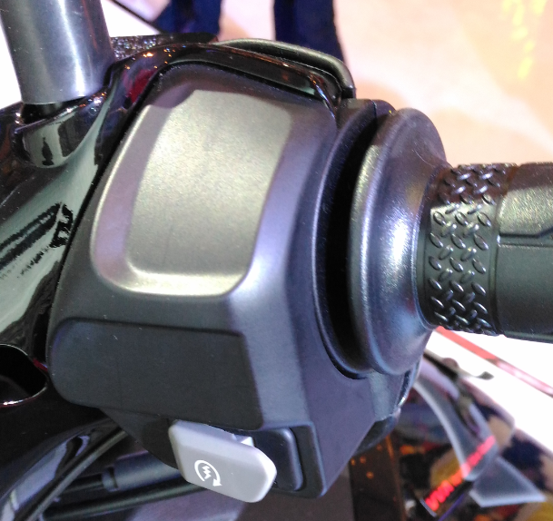 Smart Motor Generator Lengkapi Fitur Yamaha Aerox 155 VVA? Apaan Tuh?