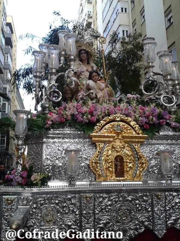 prima Virgen coño afeitado en Cádiz
