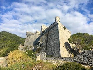 Village de Portovenere en Italie, chateau Doria