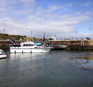 Photo of Ravensdale leaving the marina