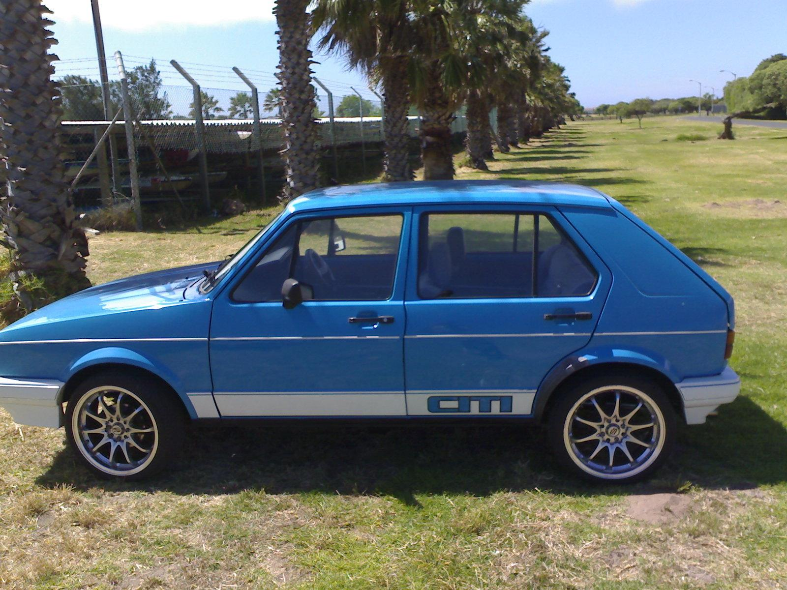 Vw citi golf 1. 3 manual/ red cars & bakkies 1057552399 | olx.
