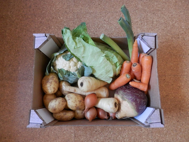 Review - Morrisons wonky veg box.  From UK eco friendly blogger secondhandsusie.blogspot.com #morrisonswonkyvegbox #wonkyveg #vegbox #vegboxreview