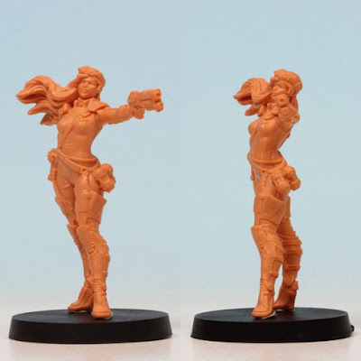 Grimlord Games: Endure the Stars Boardgame Female Captain