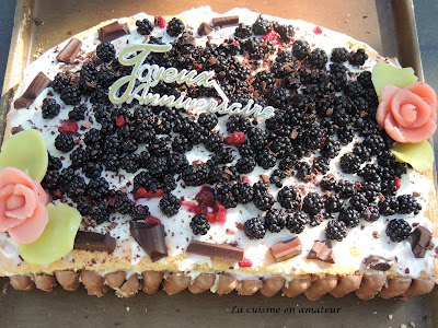 http://recettes.de/genoise-aux-mures-et-mascarpone