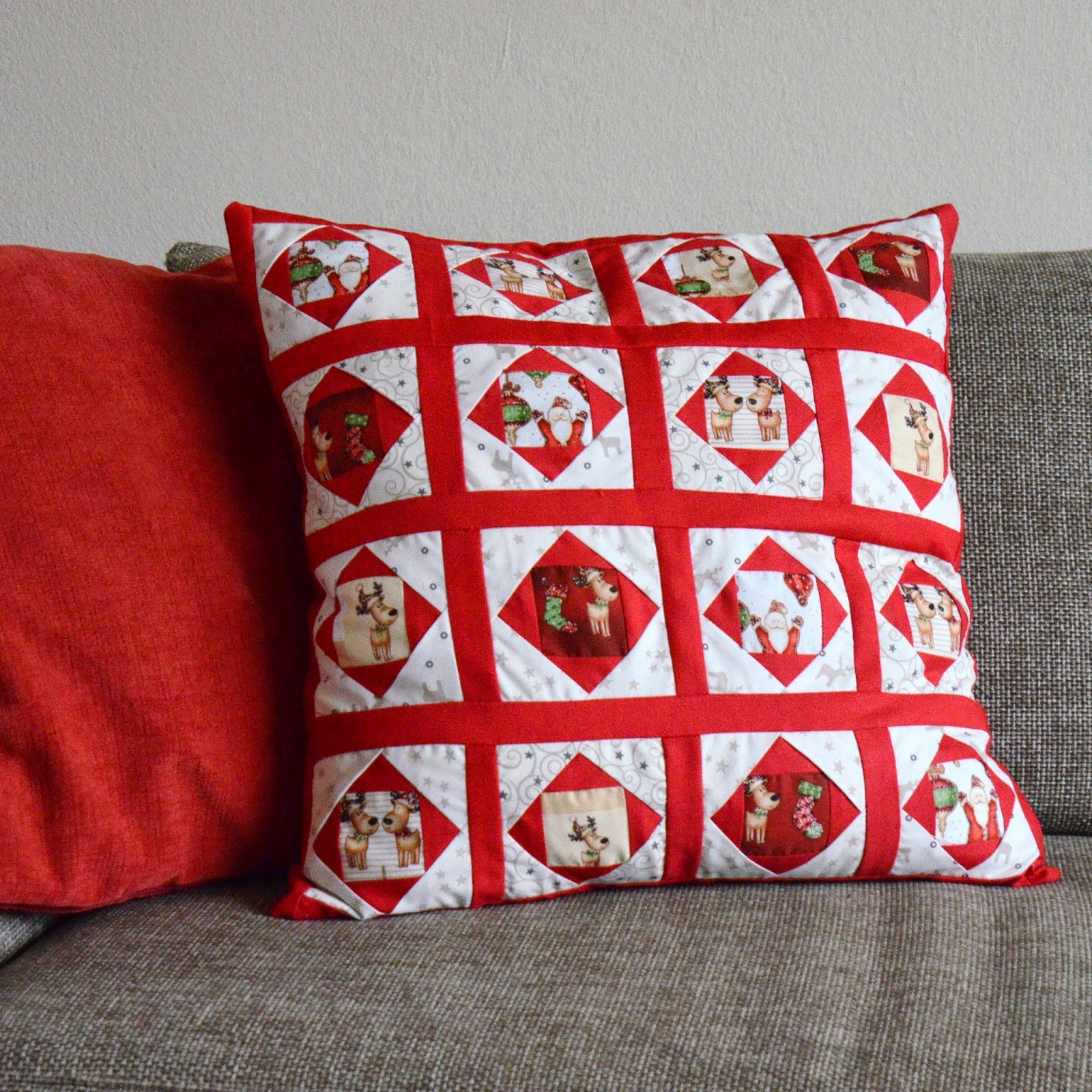 samari design weihnachtliches patchwork kissen. Black Bedroom Furniture Sets. Home Design Ideas