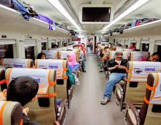 Cara Agar Nyaman Naik Kereta Ekonomi