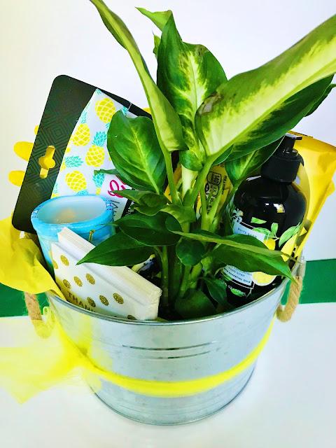 Make your own yellow gift basket @michellepaigeblogs.com