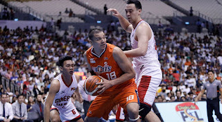 Scottie Thompson and Greg Slaughter guarding Jason Ballesteros