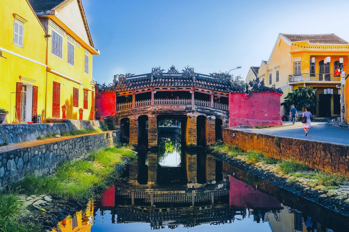 hoi an covered japanese bridge with temple