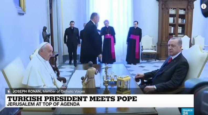 kursi Erdogan dan Paus Fransiskus
