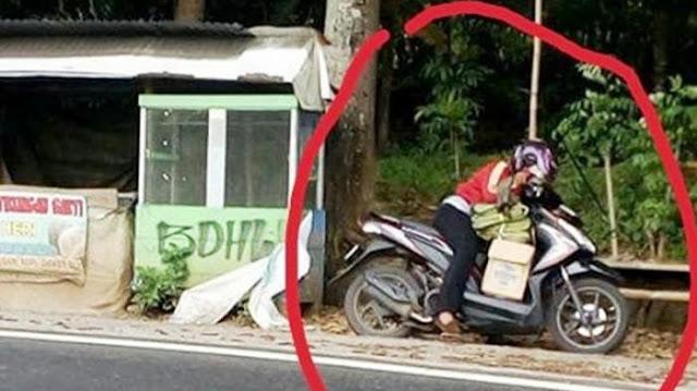 Foto Pengendara Wanita Jadi Viral, Lihat Apa yang Dilakukan Saat Berhenti di Sisi Jalan