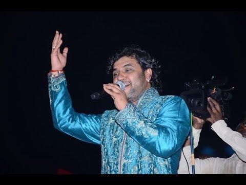 Kirtidan Gadhavi images - Kirtidan Gadhavi 4K photos - Kirtidan Gadhavi live peformance - Kirtidan Gadhavi picture hd wallpaper free - Kirtidan Gadhavi garaba pics