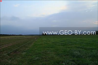 Веревка-граница между полем и пастбищем у Братково