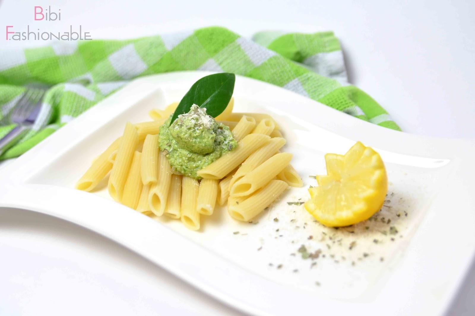 schmackhaftes Avocado-Pesto