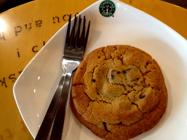 bowdywanders.com Singapore Travel Blog Philippines Photo :: Singapore :: Starbucks Chip Monster: One Monster Worth Having