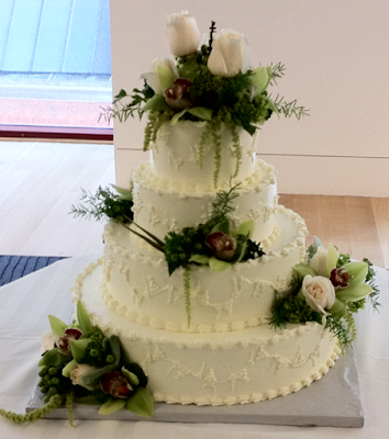 Wedding Cake Flowers at the Pennsylvania Academy For the Arts by Stein Your Florist Co.