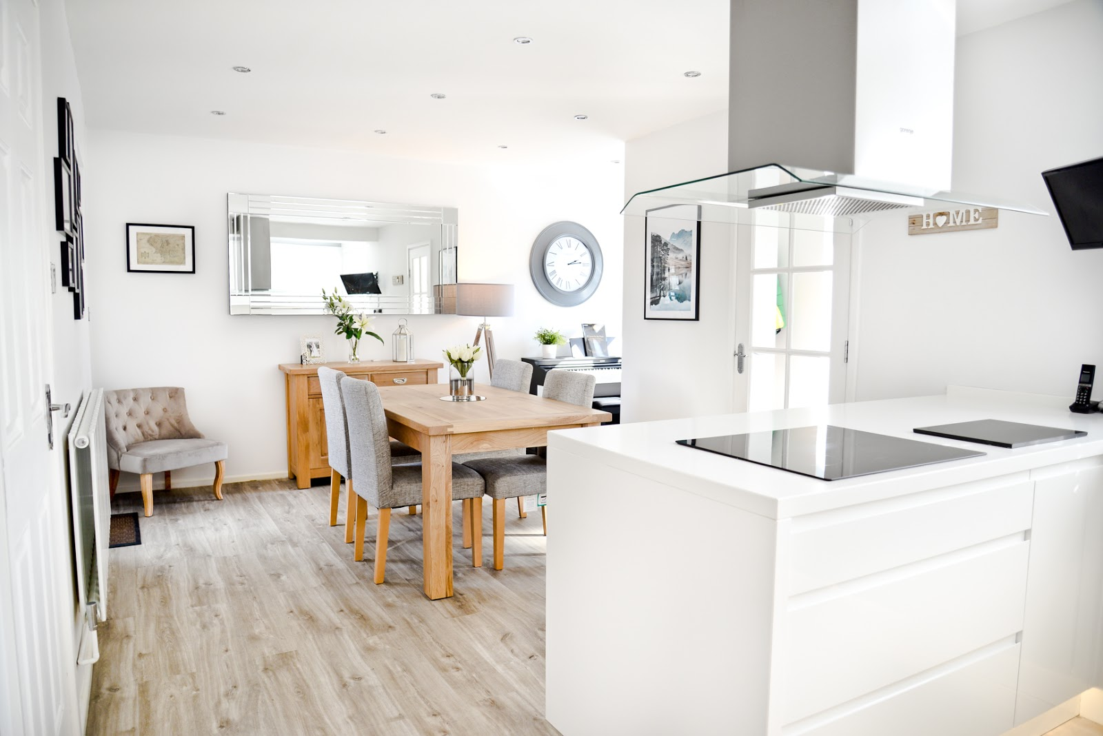 white modern Scandinavian style kitchen diner, modern white kitchen, modern rustic kitchen,