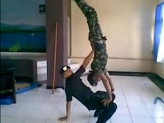 Video Dance Brimob Vs TNI Youtube