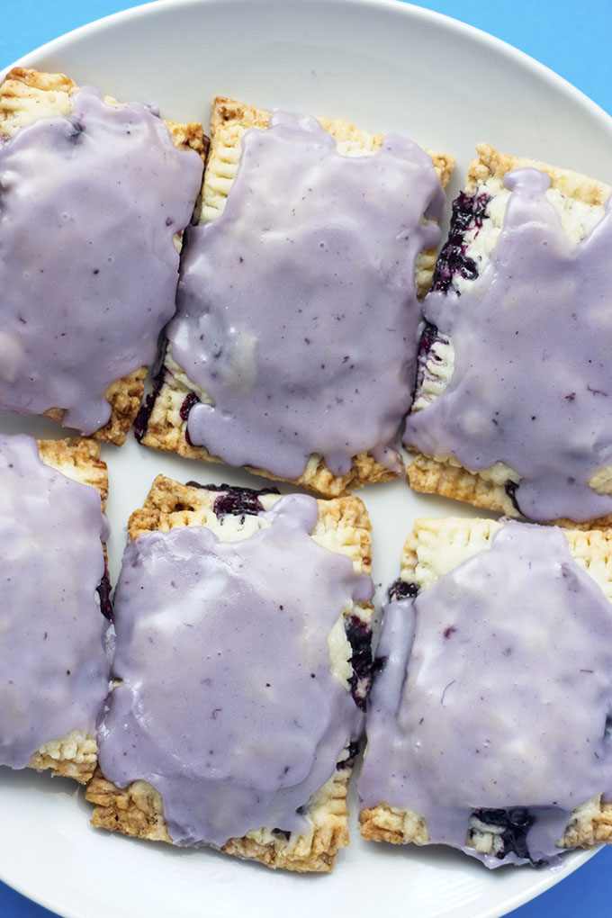 VEGAN BLUEBERRY POPTARTS #dessert #vegan