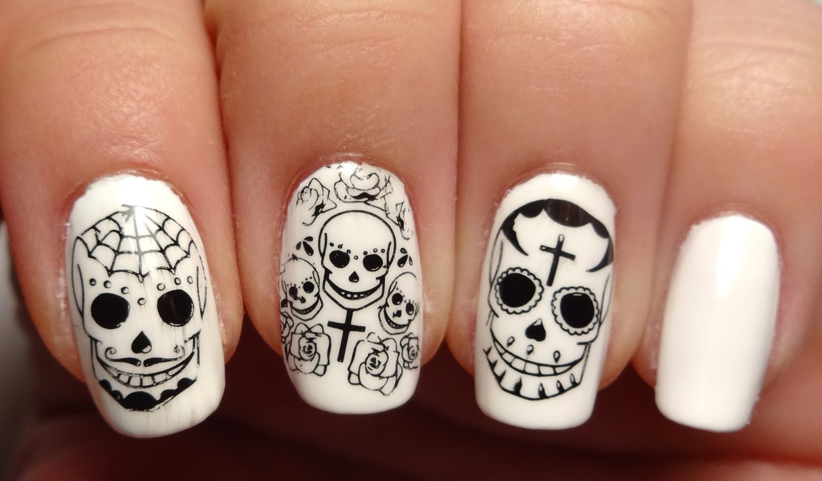 Skull Stamped Nails