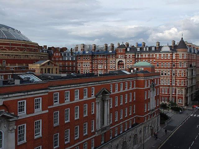 الكلية الملكية بلندن