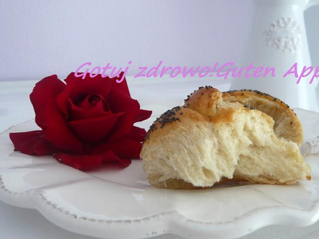 Pyszne, różane bułeczki śniadaniowe - Czytaj więcej »