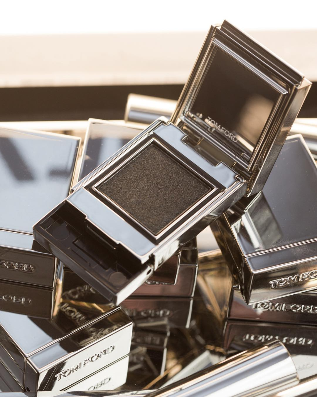 Tom-Ford-Extreme-Eyeshadow