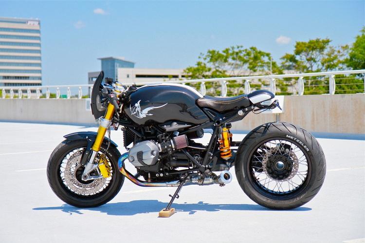 BMW R9T Café Fighter Magnum Opus - RocketGarage