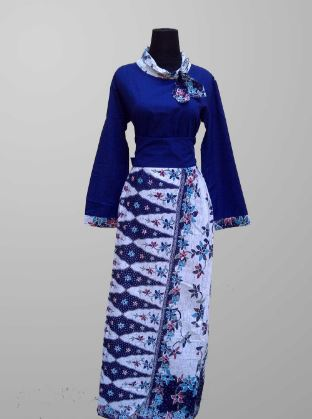 Model gamis kombinasi batik desain terbaru
