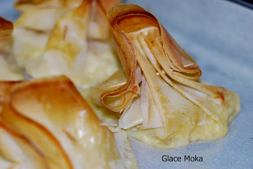 ricotta-and-pear-filo, saquitos-de-requeson-y-peras