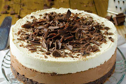 Triple Chocolate Mousse Cake #desserts #easy