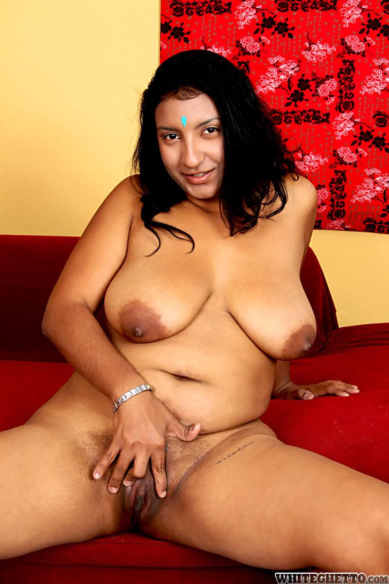 Голая толстая индианка, волосатая жопа сучки фото