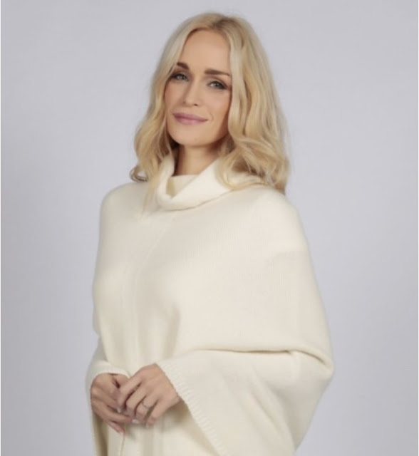 Italy in cashmere cream white pure cashmere roll neck poncho cape