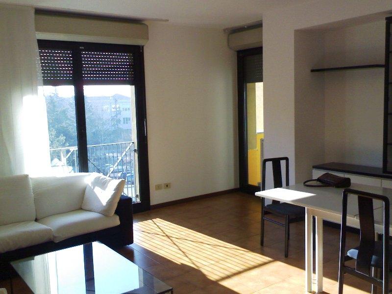 Olivati immobiliare bergamo seriate galleria italia for Trilocale in affitto bergamo