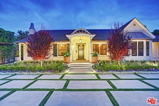 Selena Gomez $2.25 million home purchase