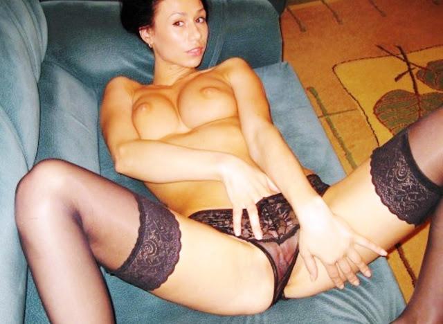 Домашняя эротика на www.eroticaxxx.ru - Голенькая девушка Милена, частные эротические фото (18+ домашнее ЭРО)