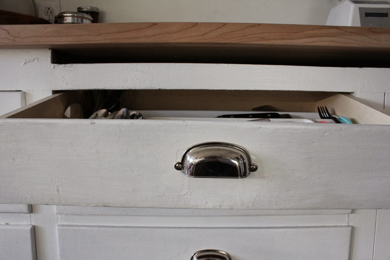 How To Make Cabinet Drawers Slide Easier Small House Interior Design