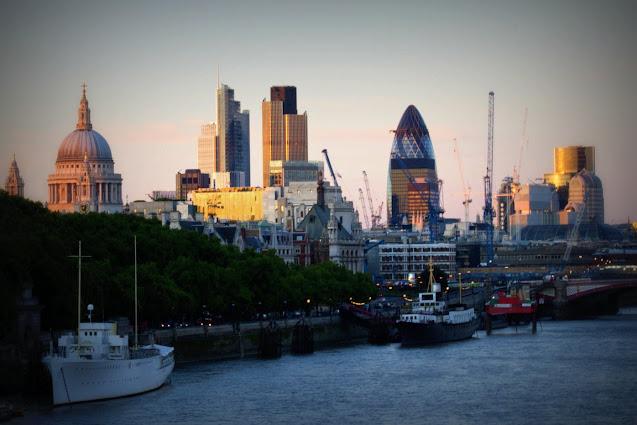 Vista su St. Paul, Gherchin e Canary warf-Londra
