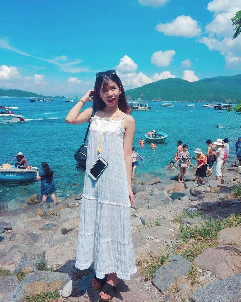 Ra đảo, nước biển trong xanh, nhìn thực tế đẹp hơn trên ảnh