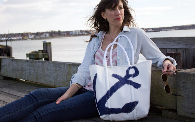 navyanchortotelifestyle Sea Bags: Custom House Wharf {Giveaway}