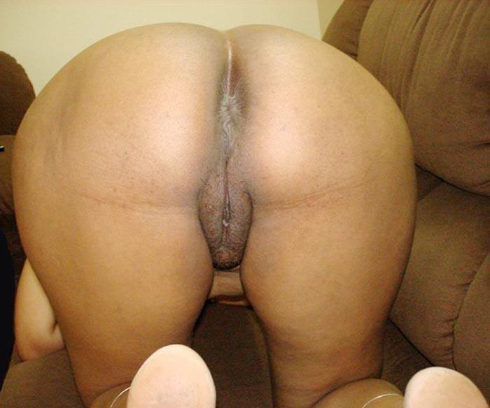 Young black nude hotties