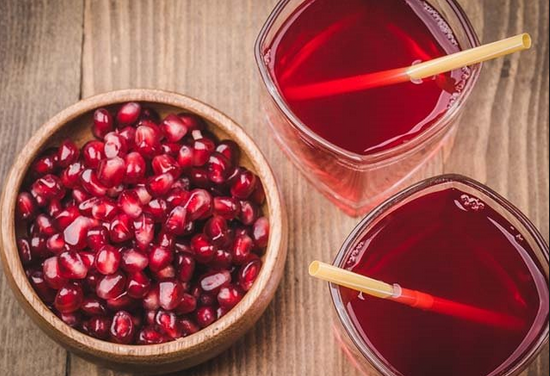 Pomegranate Juice Nutrition and Benefits