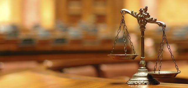 Ley y tribunales